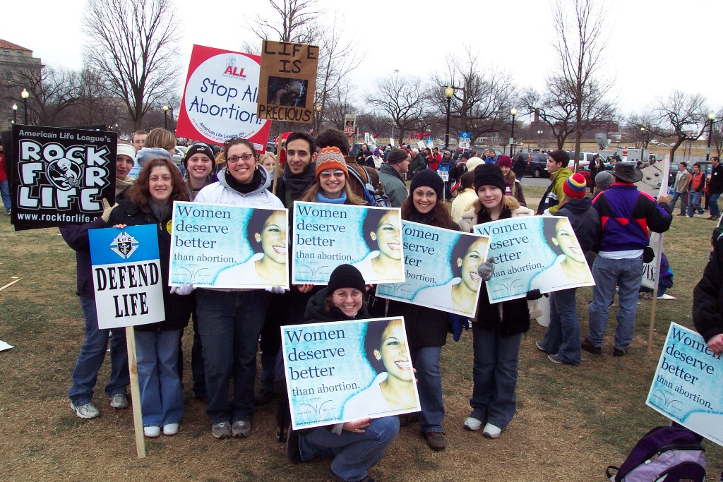 Why Christians Shouldn't Protest Planned Parenthood